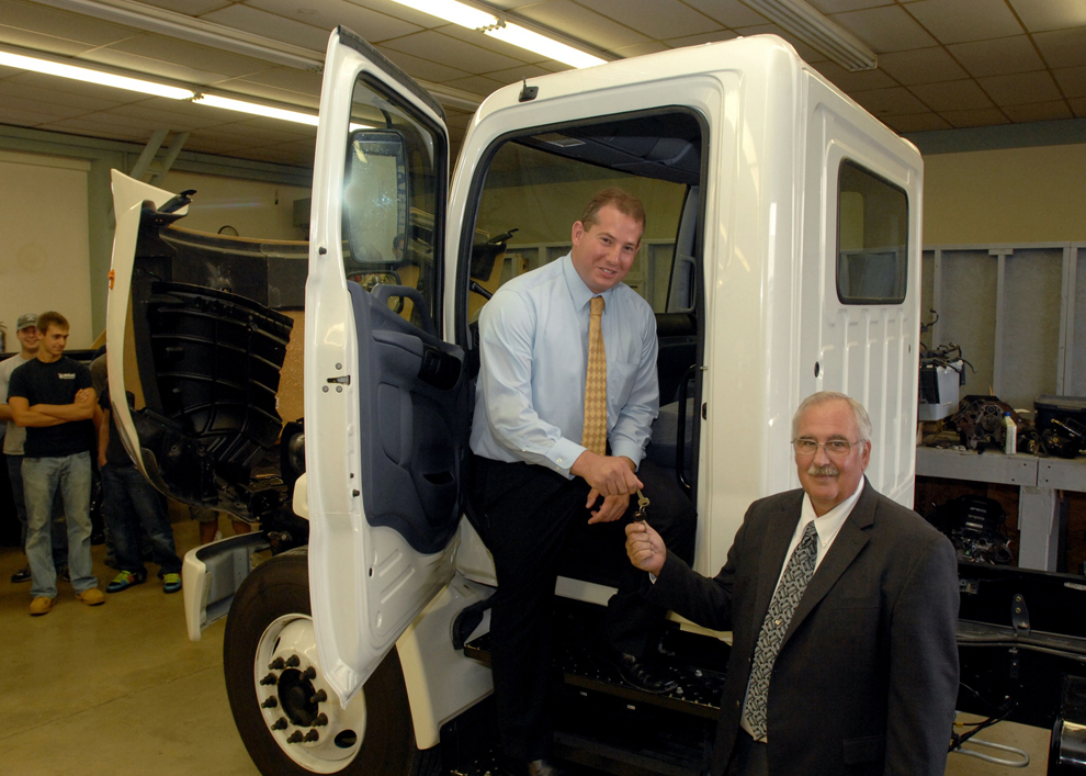 siu automotive receives truck donation