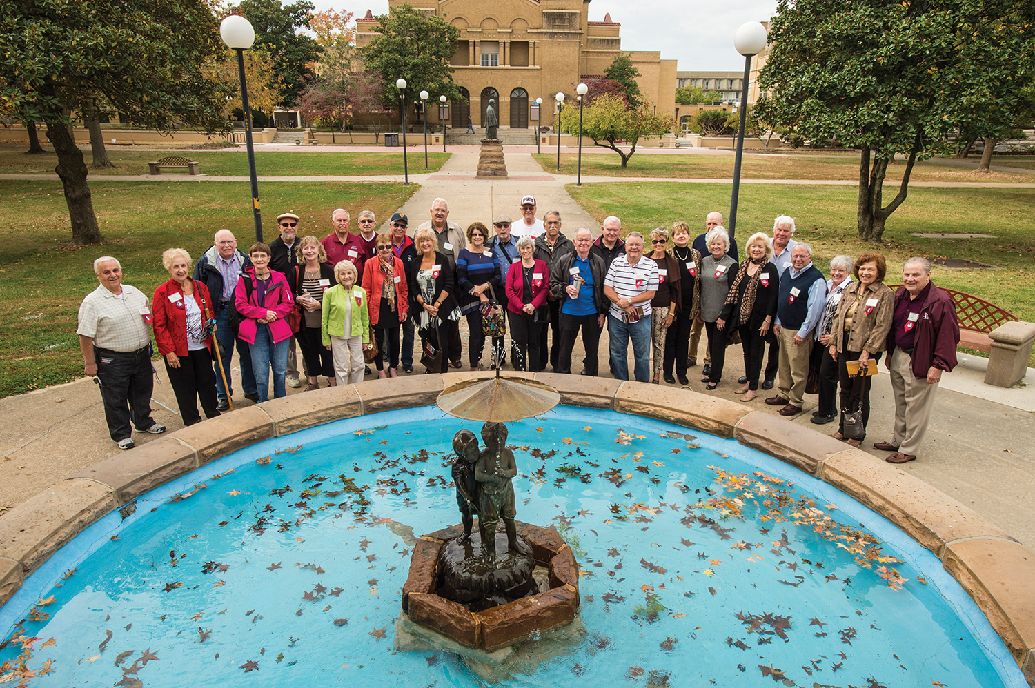 Southern Illinois University Class of '65 donates to restore the Paul and Virigina Statue.