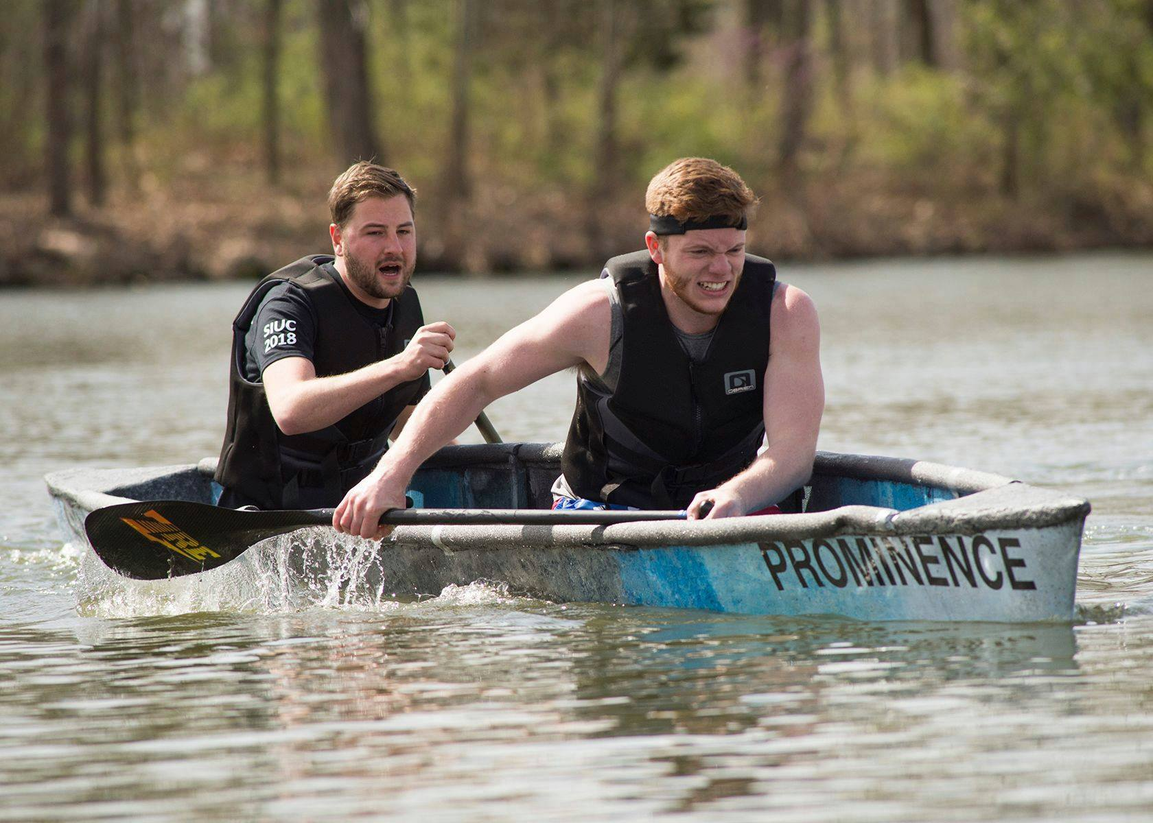 SIU Concrete Canoe Design Team